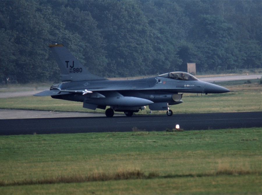 F16A 820980 TJ SB20Sep84 HdeRee