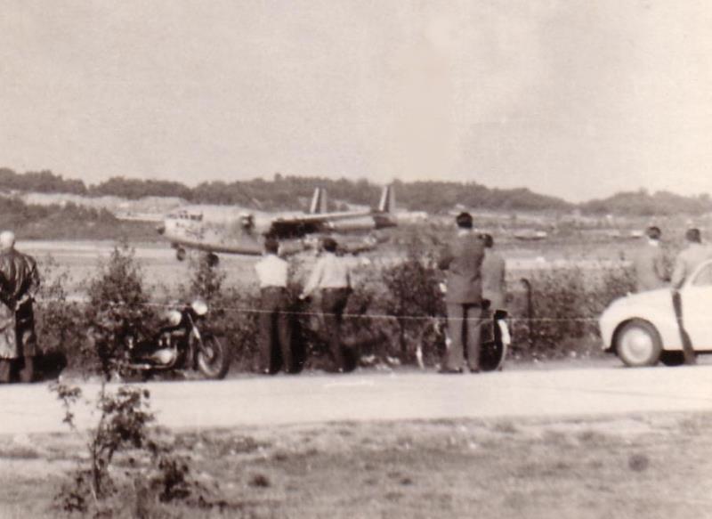 C119 642 USAF SBerg PietMulder2 kl.JPG